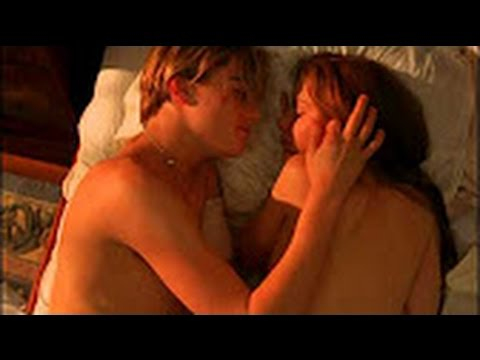 Romeo And Juliet Boobs photo 15