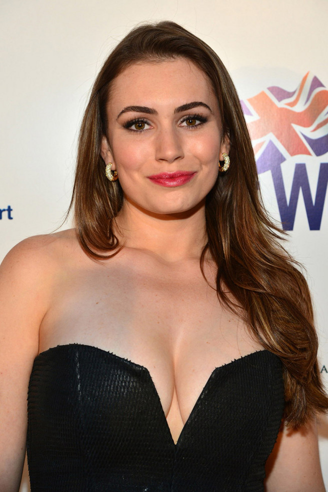 Sophie Simmons Breasts photo 14