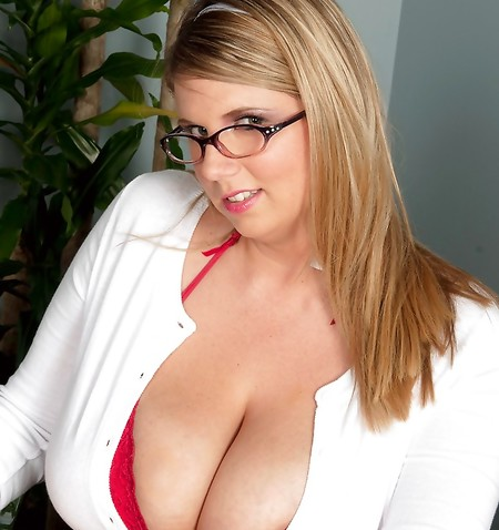 Michelle May Pussy photo 27