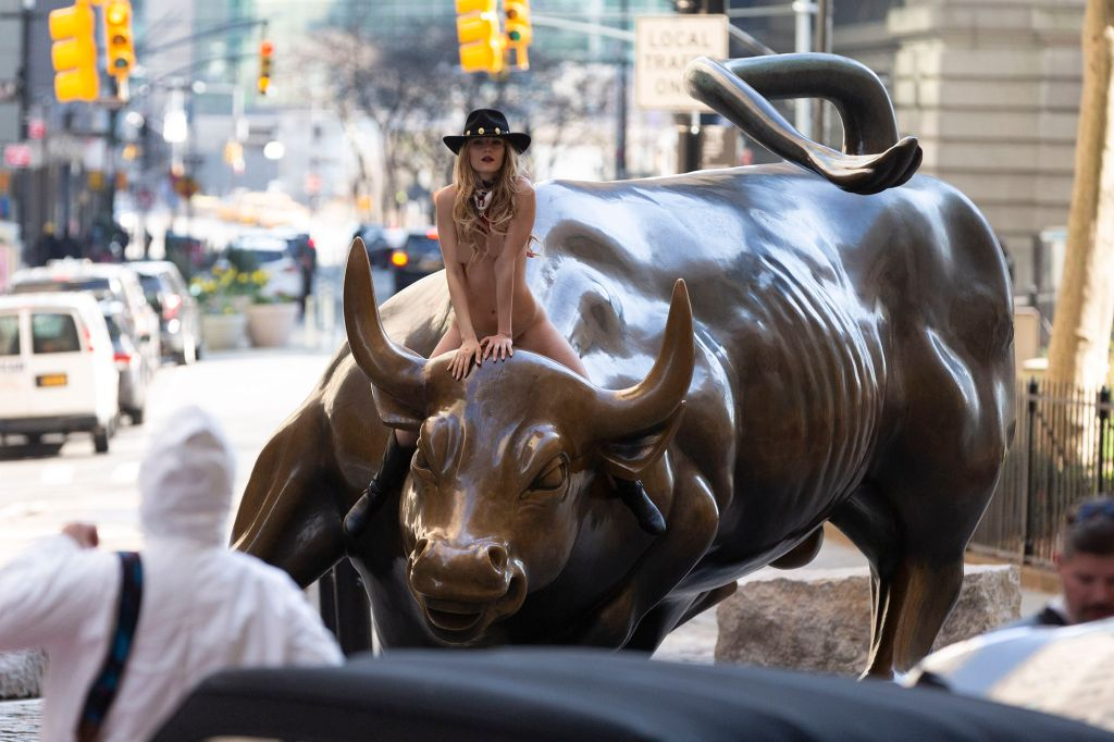 Naked Woman On Bull photo 10