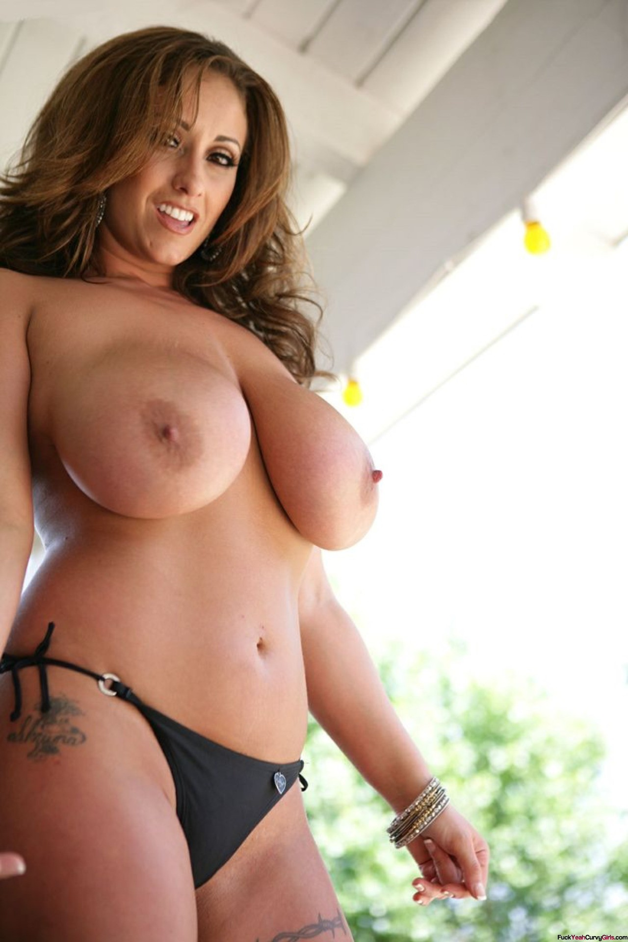 Thick And Busty Tumblr photo 14