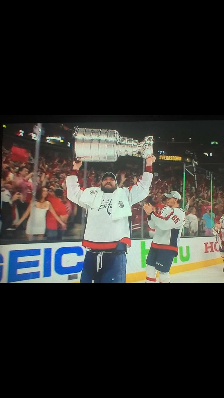 Woman Flashes Stanley Cup photo 28
