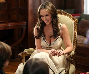 Ghost Whisperer Cleavage photo 27