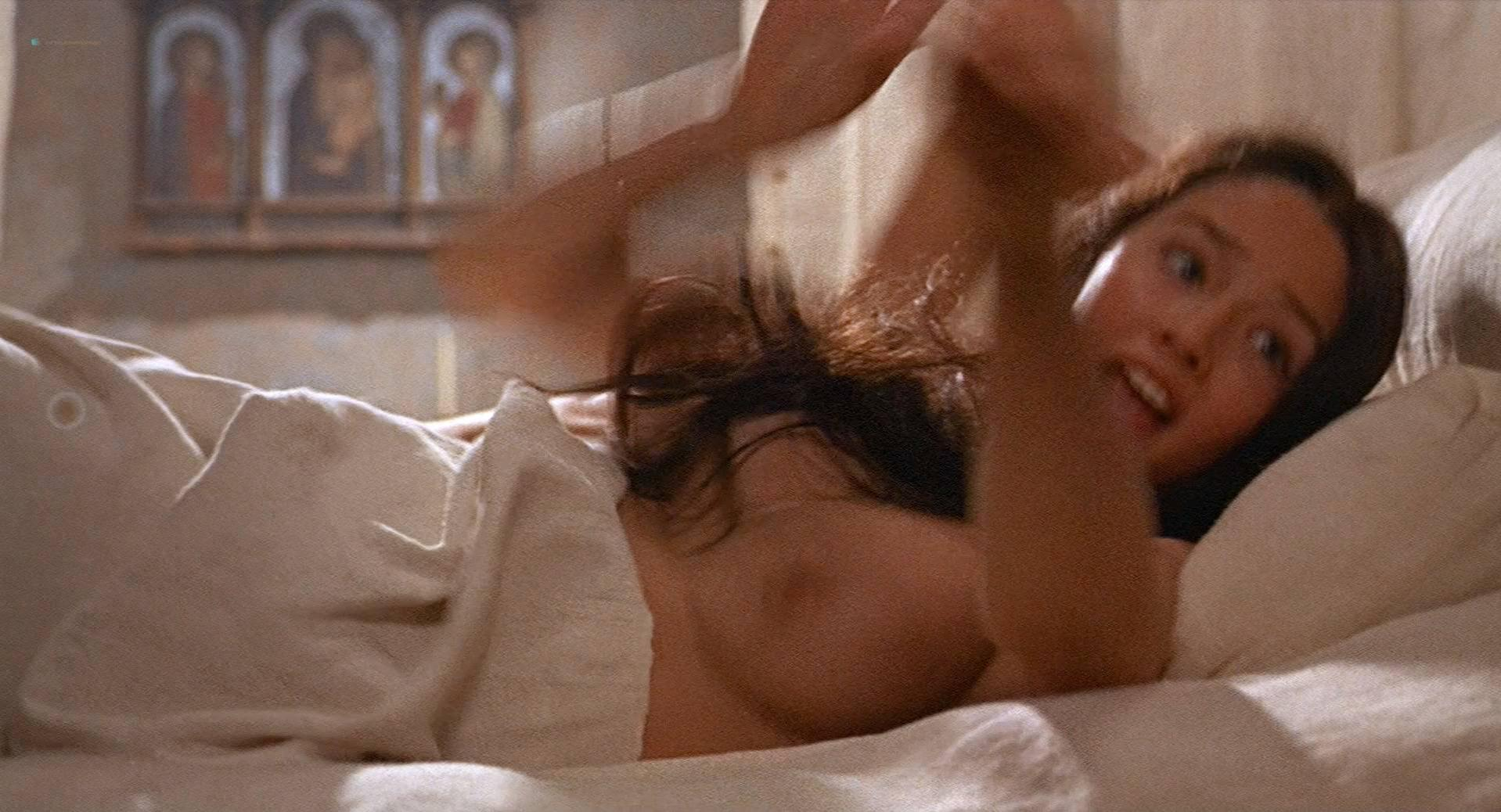 Romeo And Juliet Boobs photo 6