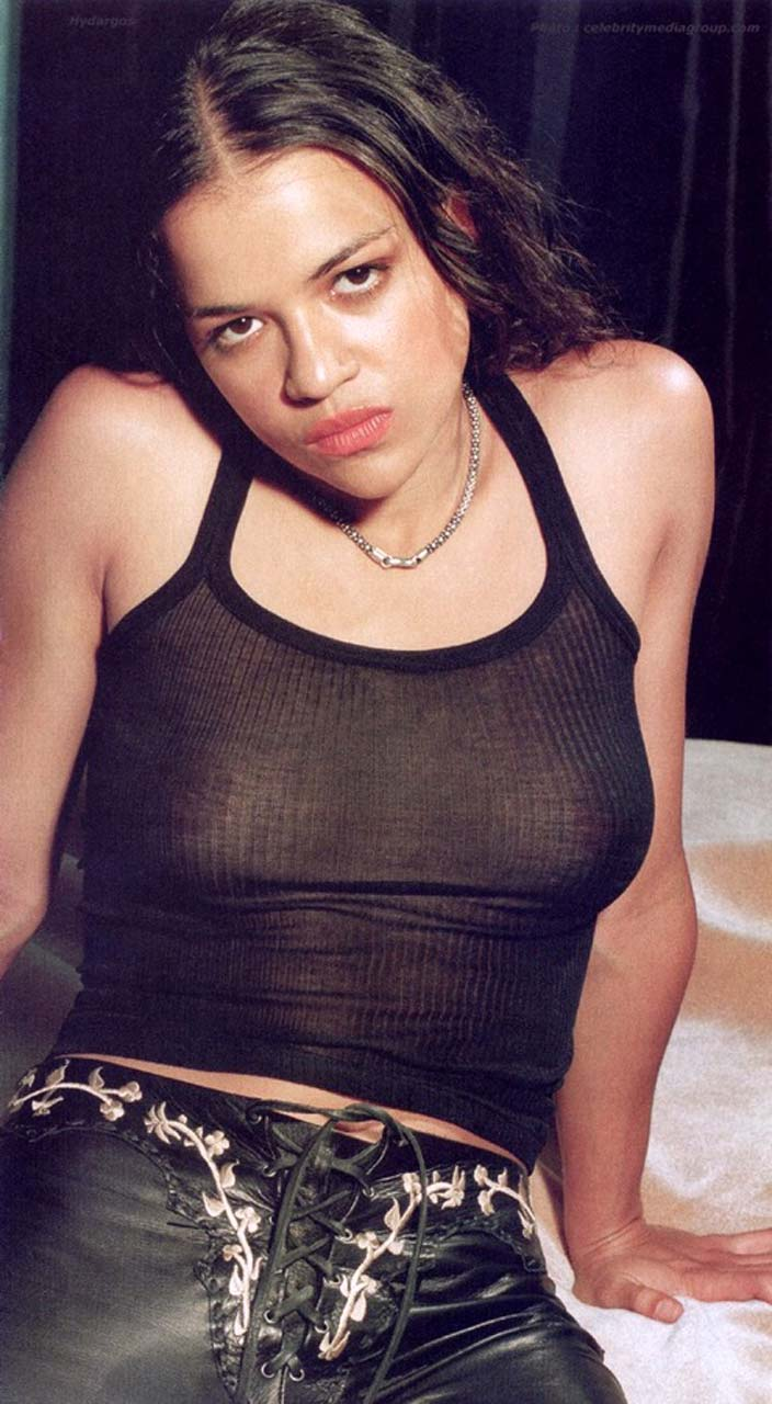 Michelle Rodriguez Breasts photo 4