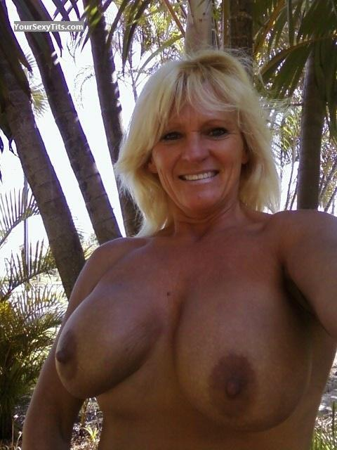 Naked Double D Tits photo 27