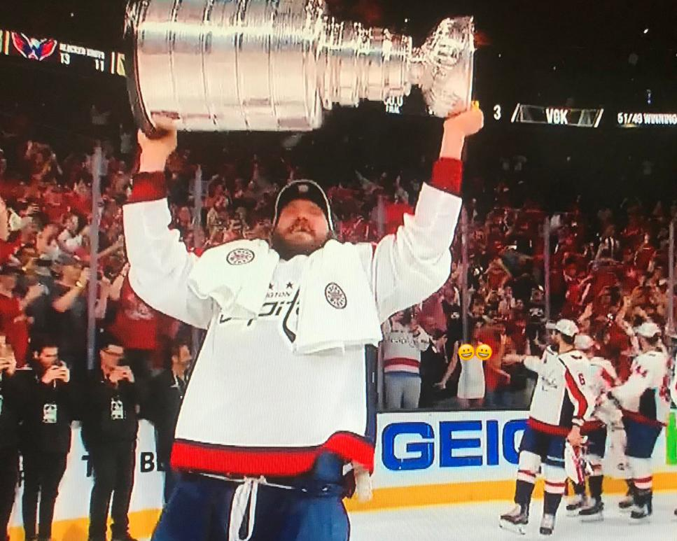 Woman Flashes Stanley Cup photo 12