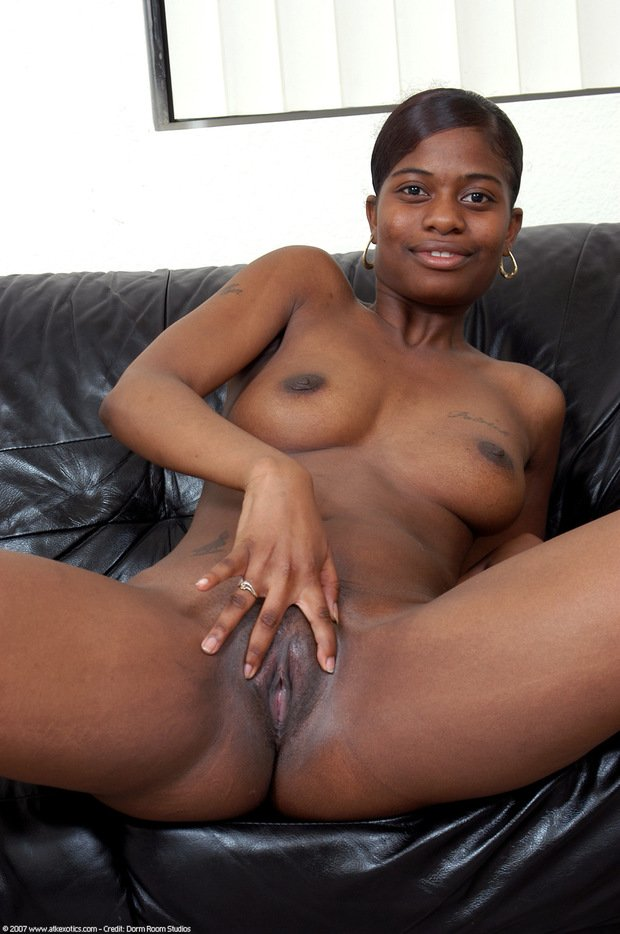 Black Pussy And Boobs photo 20
