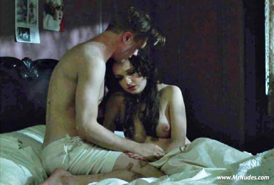 Emily Meade Topless photo 7