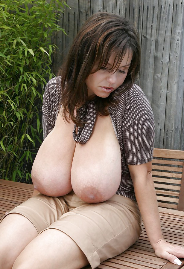 Ugly Women With Huge Tits photo 23