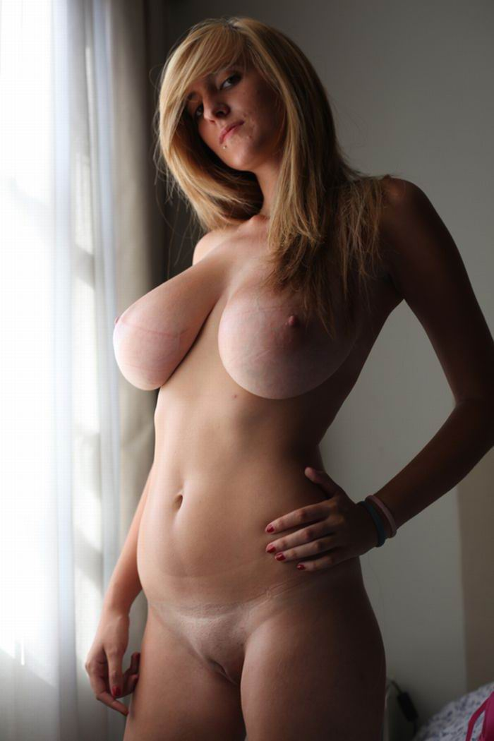 Large Natural Breast Porn photo 16