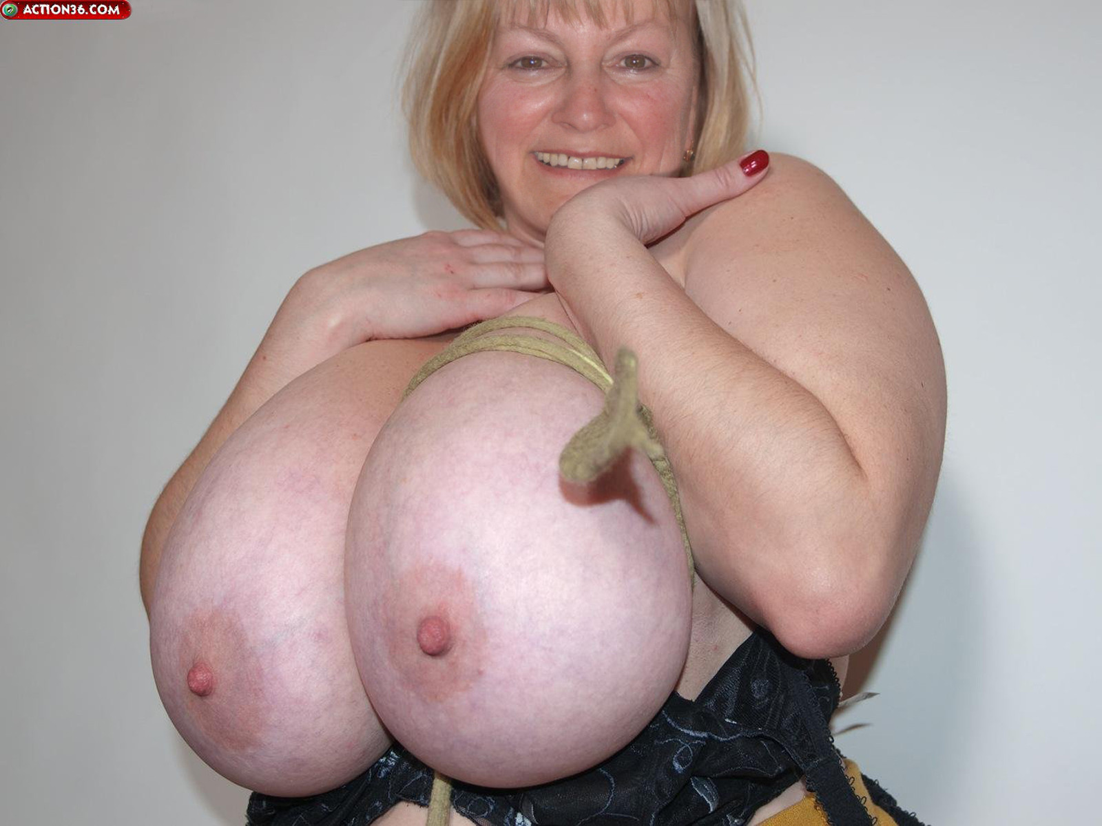 Ugly Women With Huge Tits photo 8