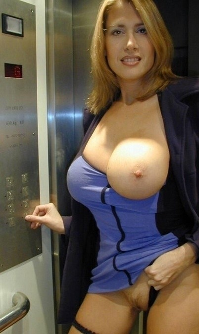 Milf With Large Breasts photo 5