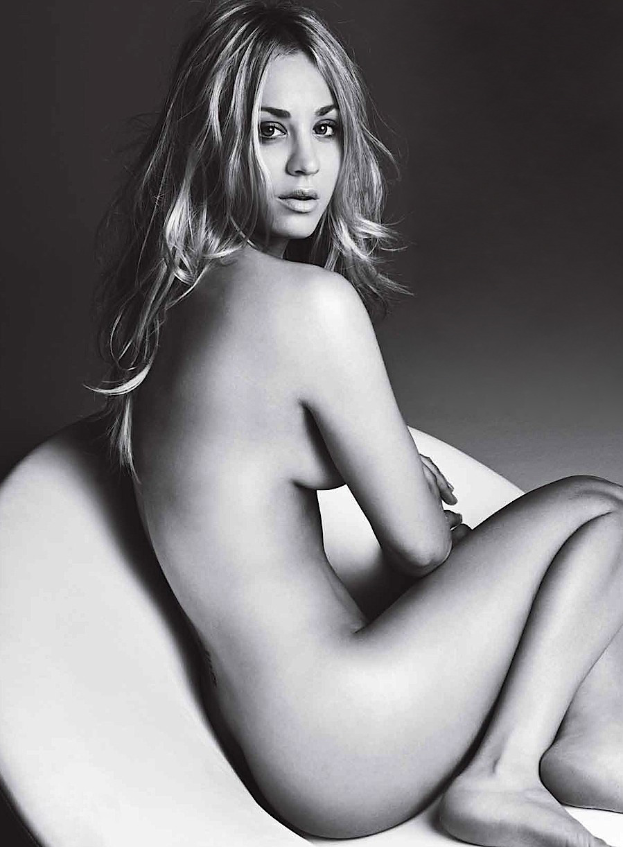 Kaley Cuoco In A Thong photo 30