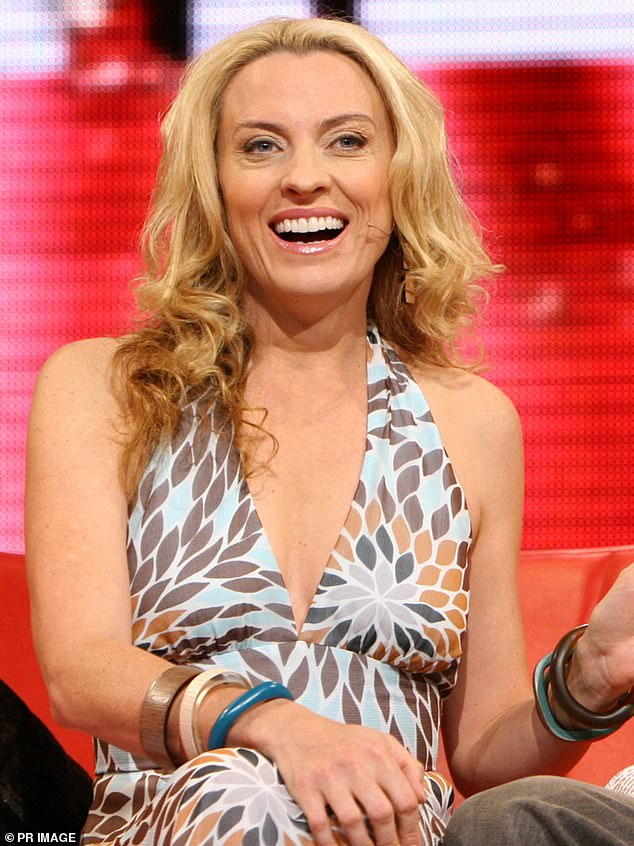 Shannon Bream Cleavage photo 17