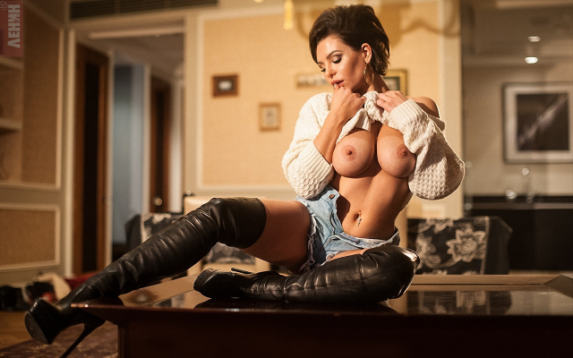 Big Boobs And Boots photo 18