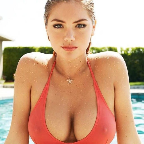Hottest Boobs In The World photo 8