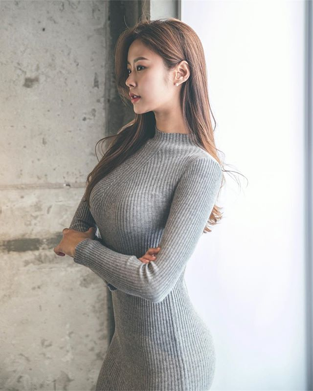 Babes In Tight Sweaters photo 22