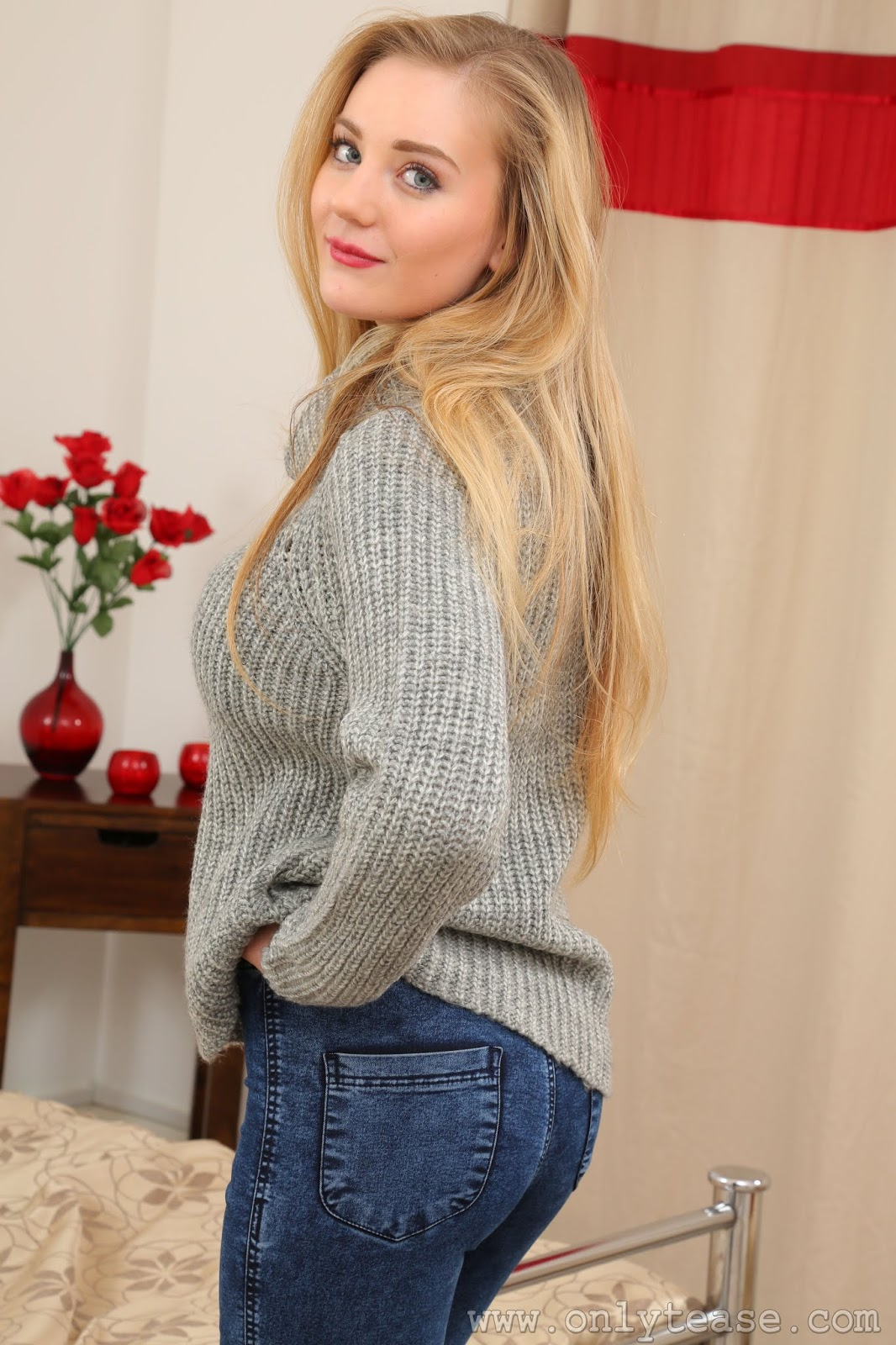 Beth Lily Onlytease photo 6