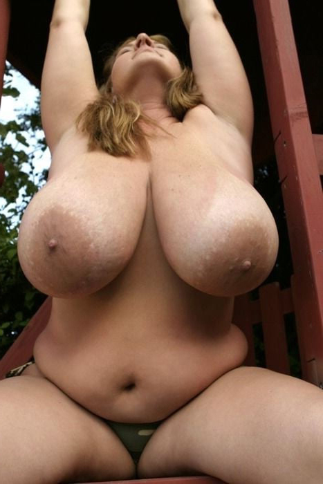 Women With Huge Boobs Nude photo 19