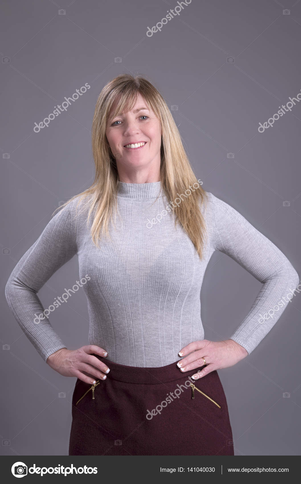 Collection Of Busty Women In Tight Sweaters Gallery photo 5