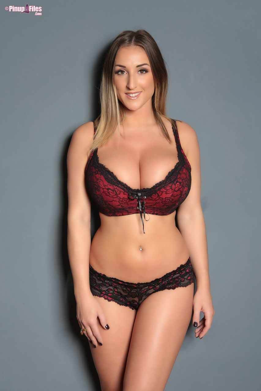 Stacey Poole Pinup Files photo 14