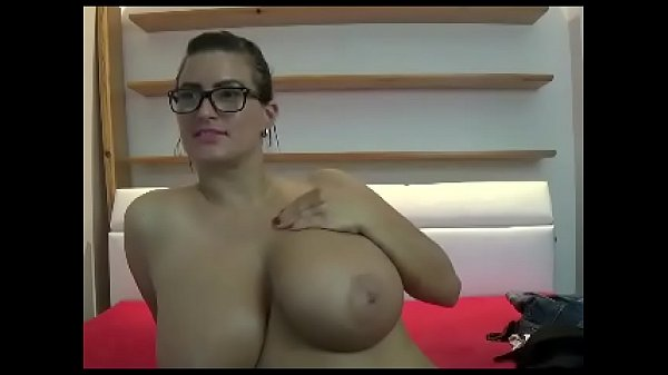 Large Women With Big Tits photo 27
