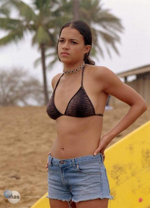 Michelle Rodriguez Breasts photo 8
