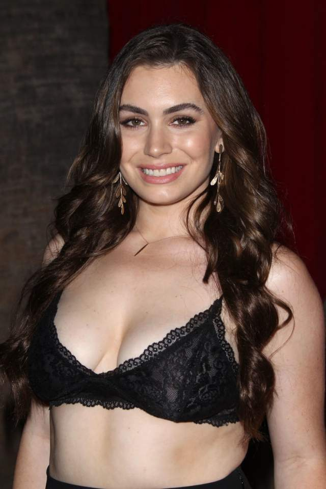 Sophie Simmons Breasts photo 11