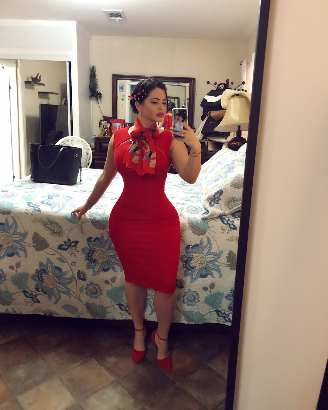 Thick Latina In Dress photo 23