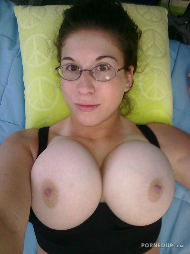 Ugly Women With Huge Tits photo 4
