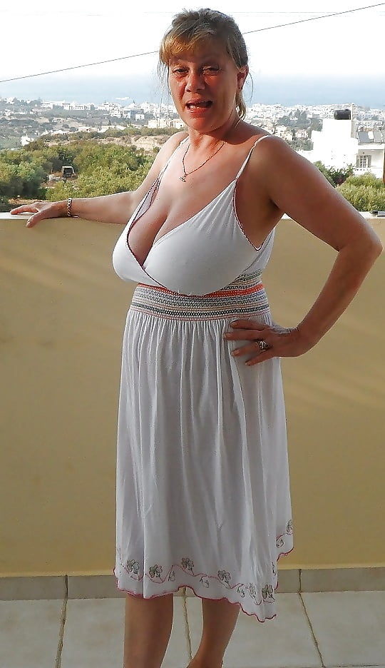 Ugly Women With Huge Tits photo 29