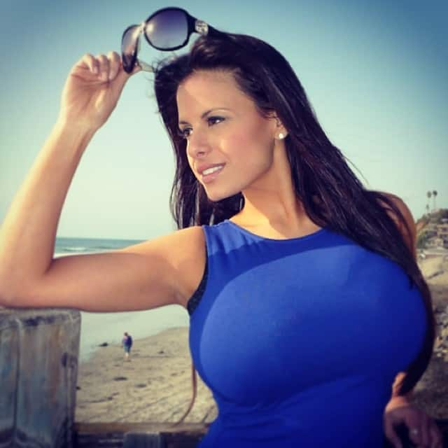 Wendy Fiore Breast Reduction photo 18