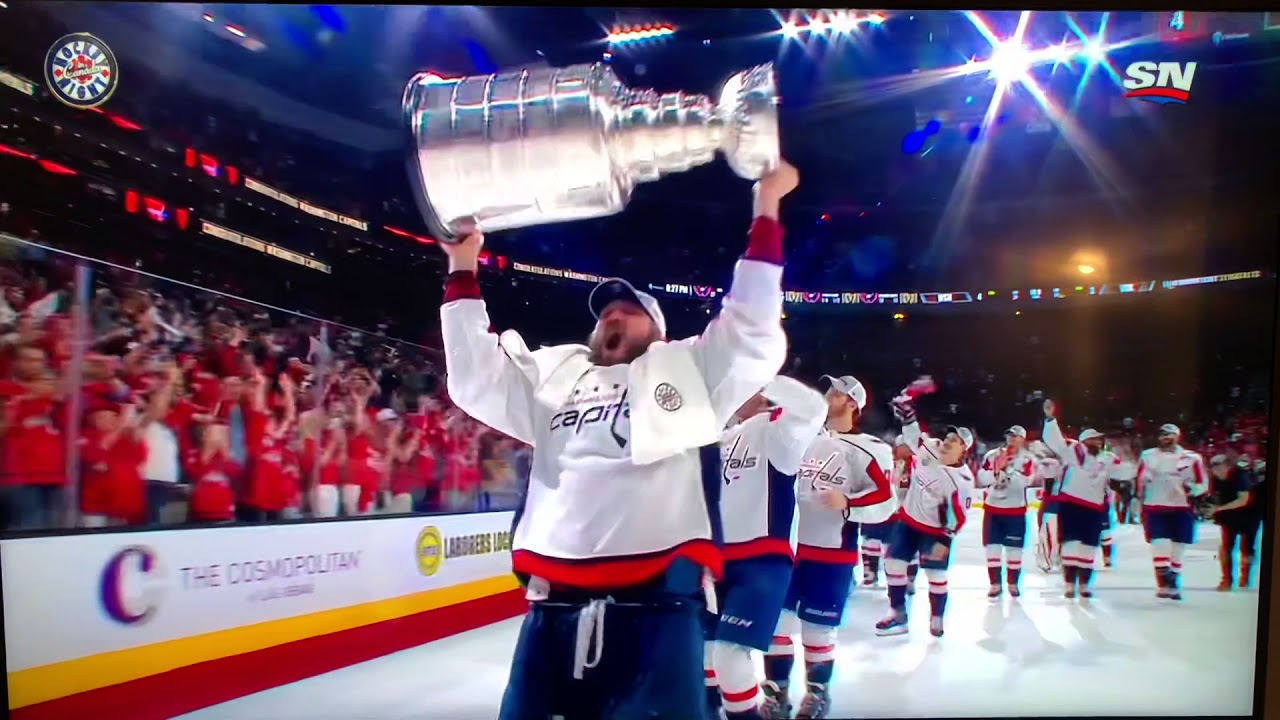 Woman Flashes Stanley Cup photo 17